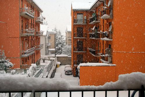 Foto Paesaggio urbano con neve  Piemonte Italia