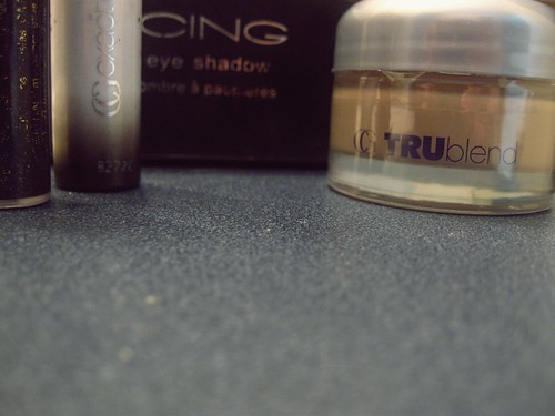 119/365 Tuesday, Makeup.
