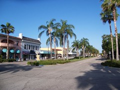 a commercial street in Venice (by: Kari Battaglia, Venice Area Homes blog)