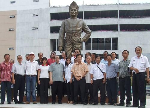 DAP Mojuntin statue