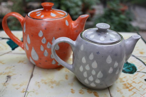 My painted teapots are ready...I really like them