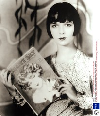 Louise Brooks: Portraits (thefoxling) Tags: smart set magazine holding posed louise copy brooks louisebrooks a of 213181