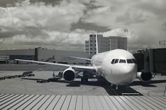 Hawaii (Cargo Cult) Tags: usa architecture ir hawaii spring technology unitedstates oahu aircraft transportation infrared hi honolulu airports aeroplanes airporthonolulu