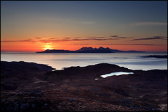 Lost in the hills (angus clyne) Tags: sunset scotland highlands small rum muck isles eigg glenuig lochailort roisbheinn lostinthehills