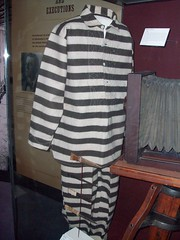 Itchy Prison Uniform (007maniac) Tags: white black oklahoma oklahomacity oklahomahistorycenter prisonuniform