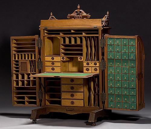 Wooten Patent Desk
