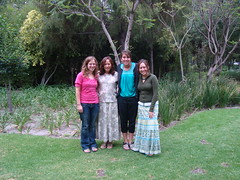 Universidad de las Américas Puebla - Allison Sherer and Karla Mumaw with host family