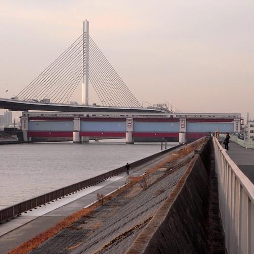 Kami-Hirai Water Gate