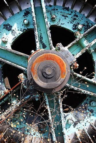 114/365 - Hoist Wheel
