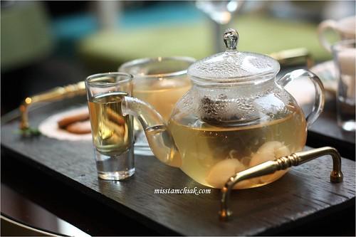 Artestiq - Lychee Tea