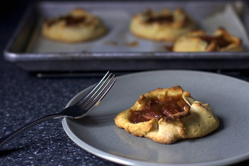 rhubarb tartlets, corn flour crust
