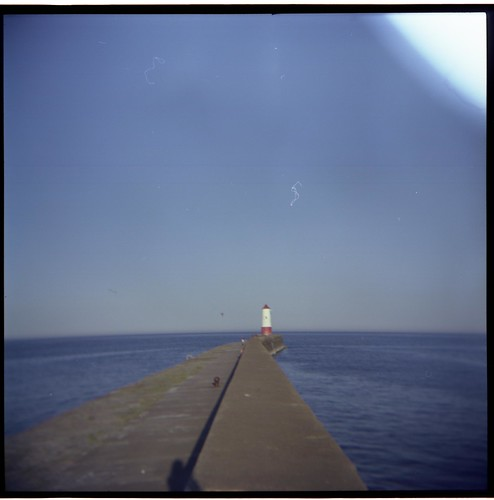 lighthouse in berwick-upon-tweed