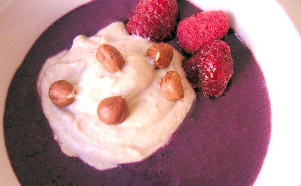 Rå bovetegröt med blåbärsmjölk