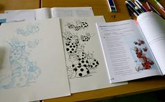 Esbozo inicial, debuxo entintado e impresión final no libro de texto