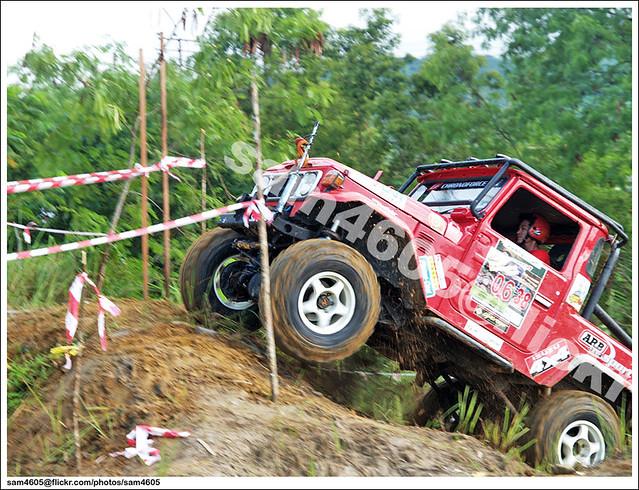 Ranau Kaamatan 4x4 Challenge - Toyota Landcruiser BJ43