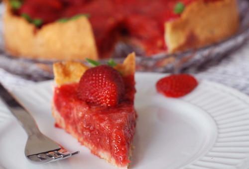 maasika-rabarbritort