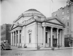 Williamsburg Bridge Plaza Court Building, Brooklyn, circa 1938. (La Guardia and Wagner Archives) Tags: brooklyn court laguardia fiorellolaguardia fiorello thelittleflower mayorlaguardia