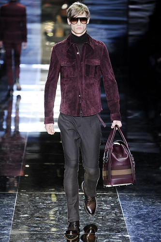 Philipp Bierbaum3077_FW10_Milan_Gucci_HQ(VOGUE.com)
