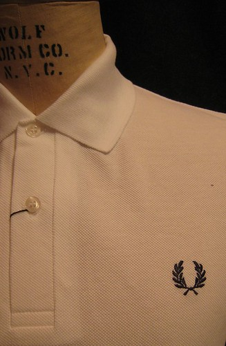 Fred Perry - M3 - The Original Polo - White - Detail by you.