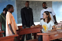 3b. Sitting at new desks (Globe contribution), talking with Veronica, Dep. Head Teacher
