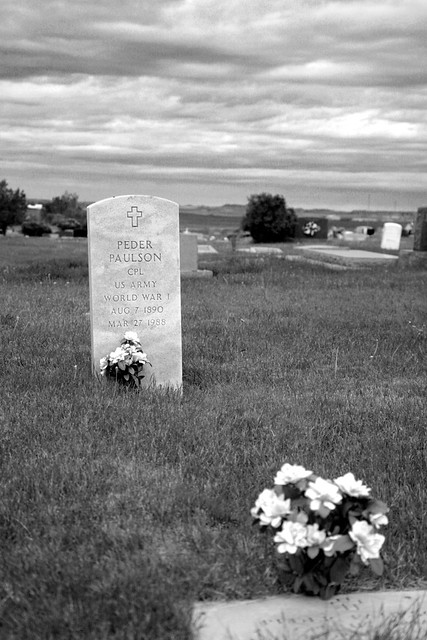 Belle Fourche, SD Cemetery: Peder Paulson. WWI- 1890-1988 Version 2