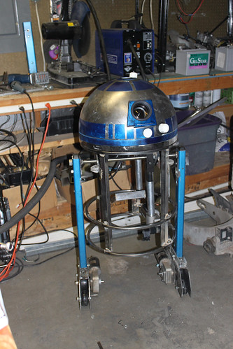 Alex's R2 Skeleton with Head