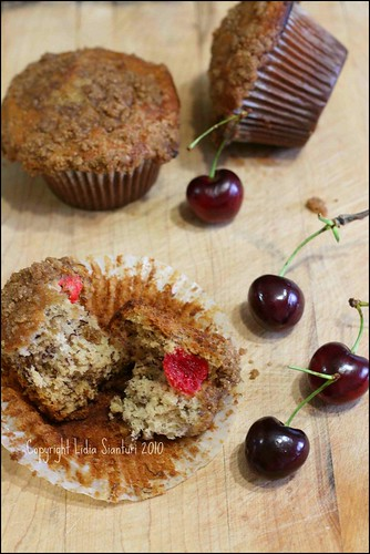 Cherry-Banana Muffins with Cinnamon Crumbs3