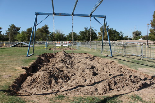 Scottsdale's 34th Annual Mud Mania - Tire Pit Preparation