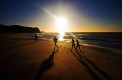 Running on the Dud (Leighton Wallis) Tags: sunrise newcastle surf waves australia running nsw runners dudley jogging joggers dudleybeach