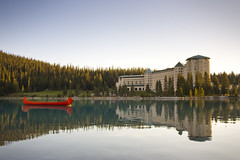 North Canoe on Lake Louise (Jackie & Sonny) Tags: sunrise hotel earlymorning canoe banff lakelouise banffnationalpark fairmontchateaulakelouise voyageurcanoe northcanoe