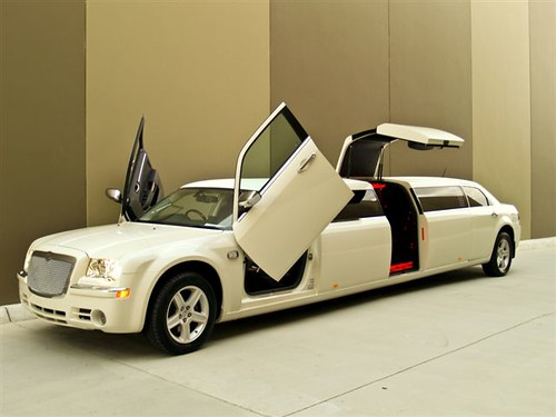 Paramount Limousines Perth Jet Door Chrysler 300C Stretch 10 Seater Limo & Jet Door Limo \u0026 Pezcame.Com