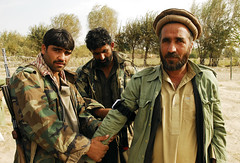 335032 (ResoluteSupportMedia) Tags: afghanistan specialforces medics coalitionforces usspecialforces baghlanprovince sgtkatrynmccalment ussfmedics polekhumridistrict