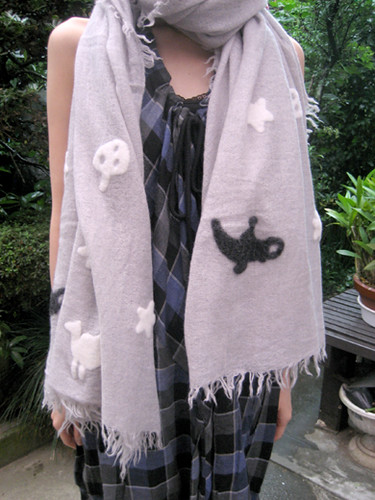 Big wool scarf from Tsumori Chisato