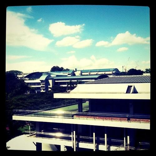 新加坡的白云朵朵