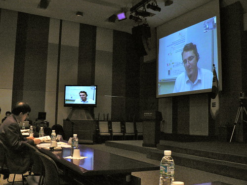 Professor Robert Ackland speaks at the NIA Digital Culture Conference, Seoul, Korea