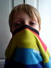 monstre en couleurs (nicouze) Tags: leica boy portrait colors monster children fun pull funny child couleurs quicksilver hide enfant rigolo garon arcenciel drole monstre cach marrant