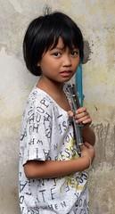 cute girl clutching popsicle molds (the foreign photographer - ฝรั่งถ่) Tags: pretty girl child clutching ice cream popsicle molds pajamas khlong bang bua portraits bangkhen bangkok thailand nikon d3200