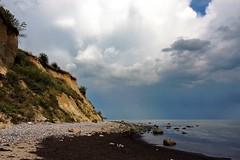 Rügen (Wunderlich, Olga) Tags: ostsee rügen steine wasser sand steilküste steilufer sassnitz mecklenburgvorpommern wolken himmel möwen kreide landschaftsaufnahme naturfoto deu
