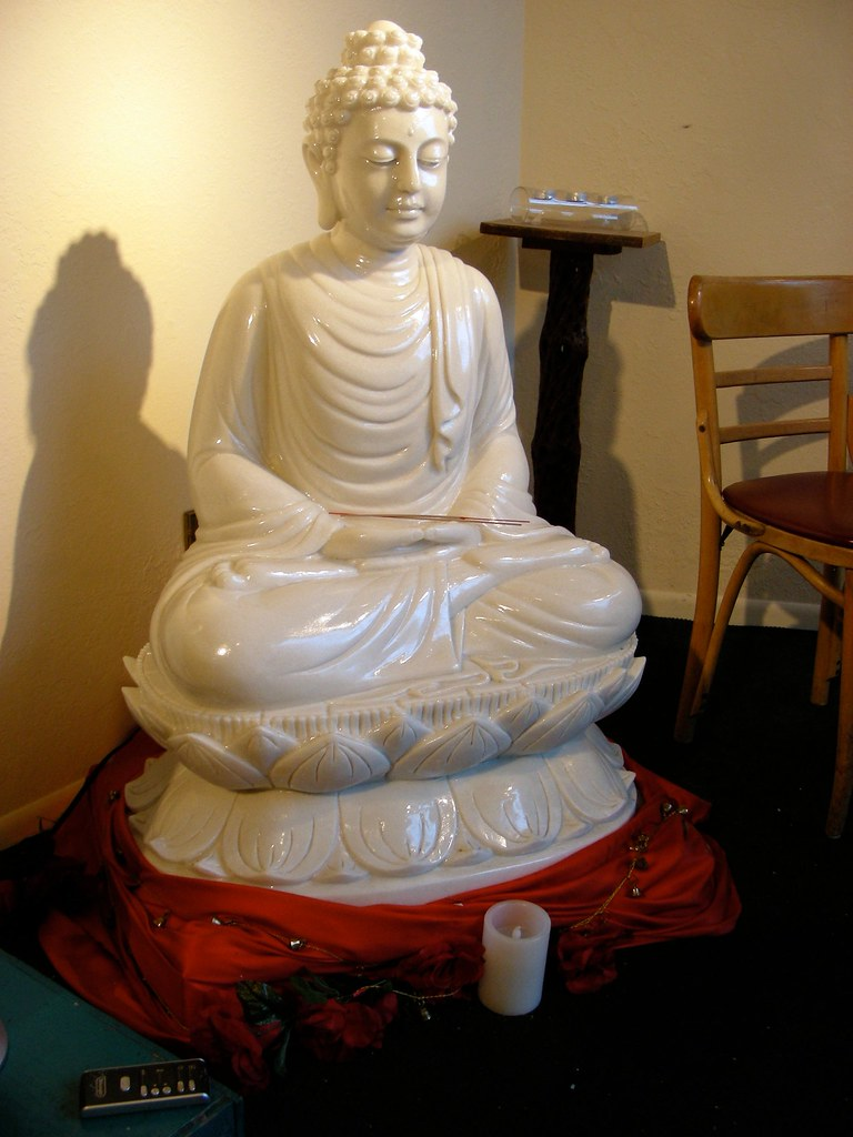 Buddha in a coffee shop