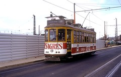 324  Lissabon  04.06.93 (w. + h. brutzer) Tags: portugal tram lissabon tramway strassenbahn streetcars