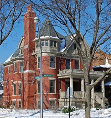 house in Lakewood Balmoral Historic District, Chicago (ihynz7) Tags: house chicago architecture andersonville lakewoodbalmoral historicdistrict nationalregisterofhistoricplaces nrhp