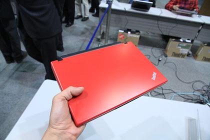 ThinkPad X100e 持ち重り