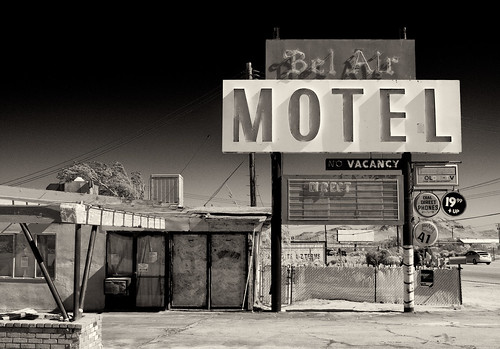 Motel, Mohave California