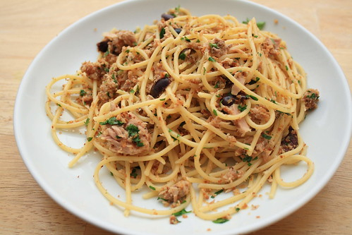 Pasta with Tuna and Breadcrumbs