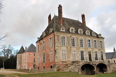 Château de Meung-sur-Loire (Philippe_28 (maintenant sur ipernity)) Tags: france castle 45 schloss tp loire château burg loiret meungsurloire meung nikkor35mmf2ai