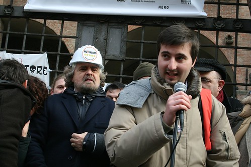 Il nostro Luca Pecchini, candidato consigliere, durante il suo intervento di presentazione
