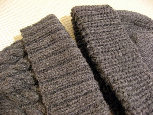 2010-01-26_fishermans_rib_watchcap_and_cabled_cap.jpg
