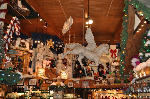 bronners christmas store frankenmuth michigan