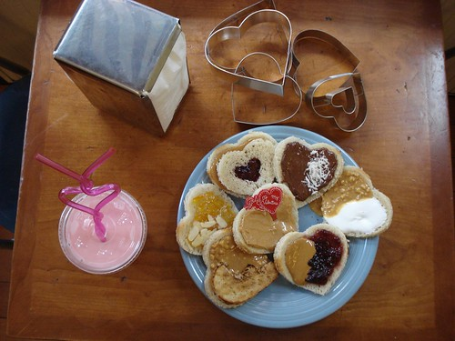 heart shaped sandwiches