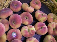 020620102282-Saturn-peaches
